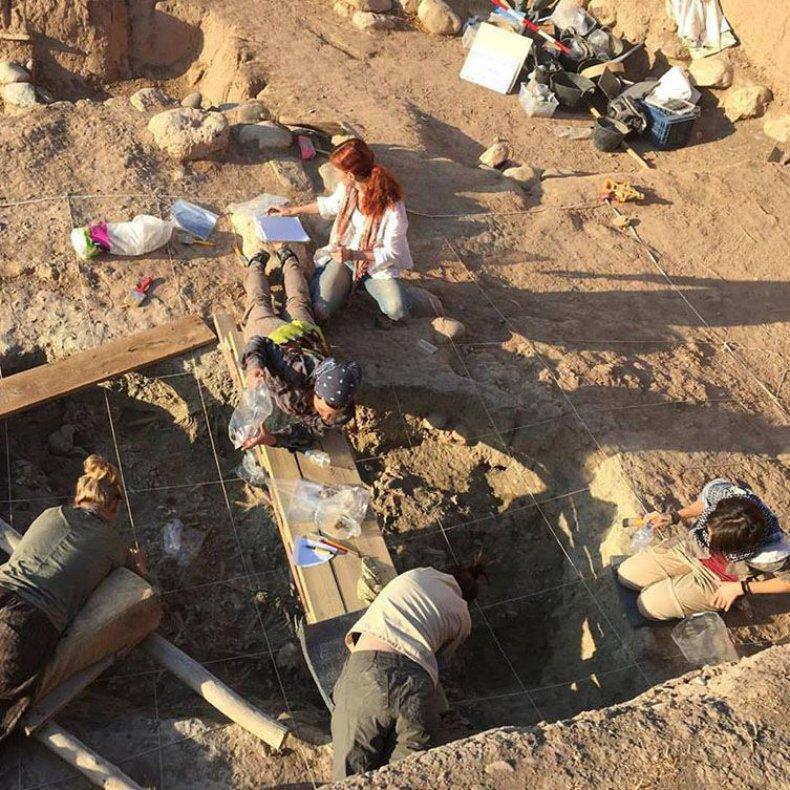6_29_Grave site