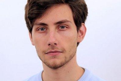 Damien Sharkov