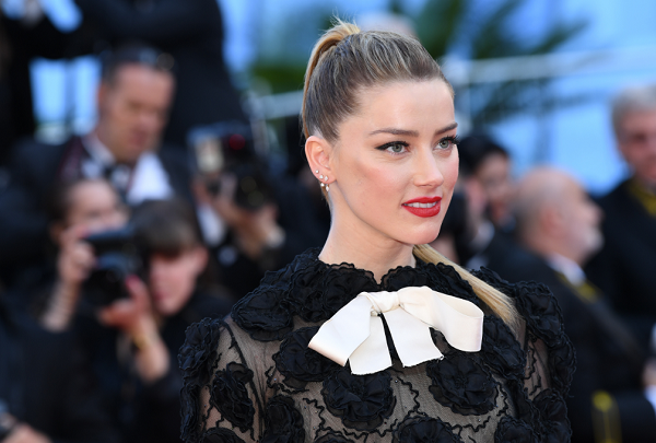 Amber Heard Sparks Outrage With Tweet About ICE Checkpoint
