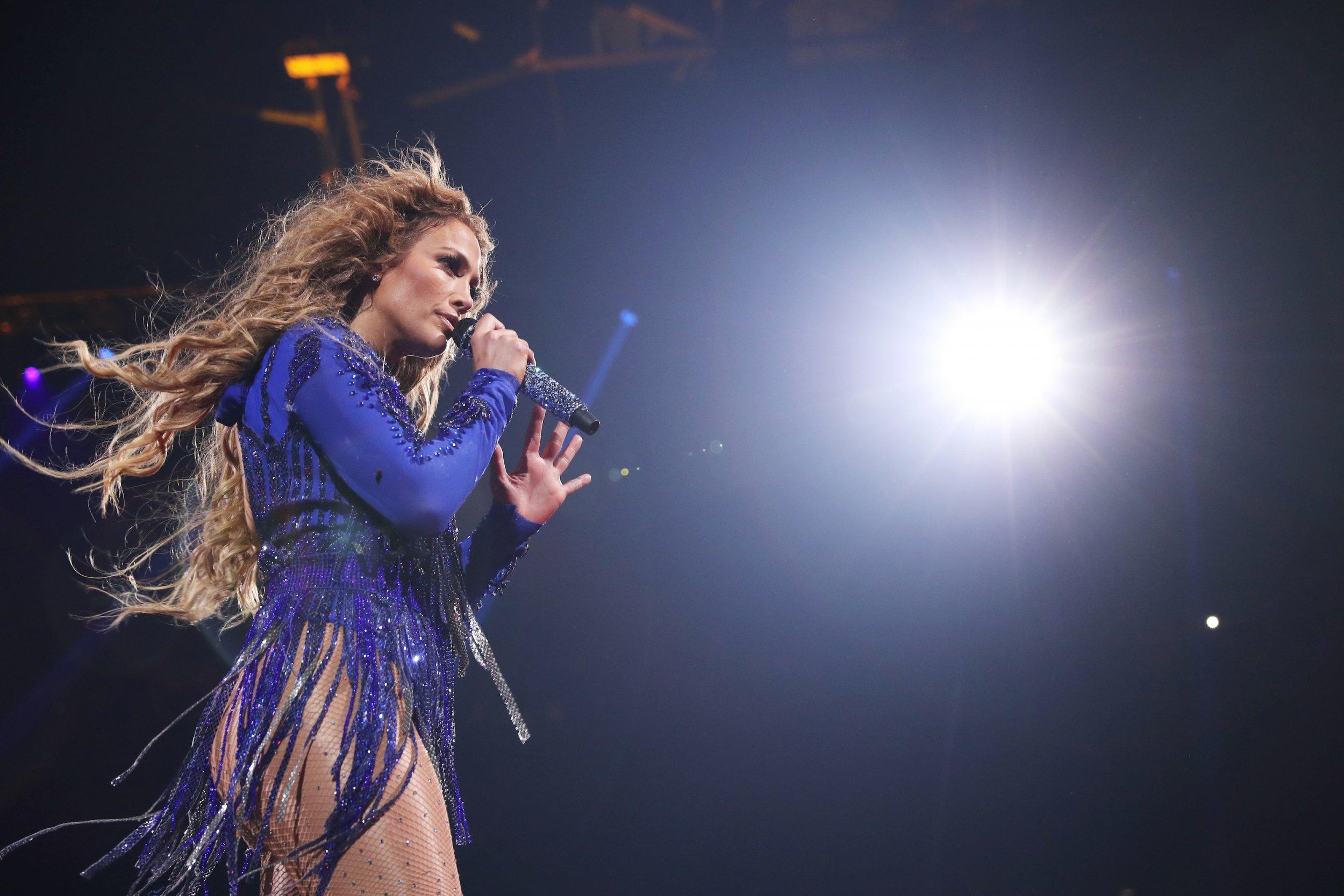 2 Jennifer Lopez