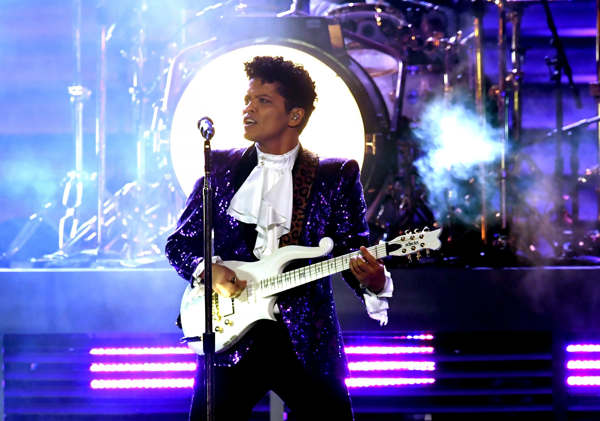 6 Bruno Mars - Kevin Winter:Getty Images