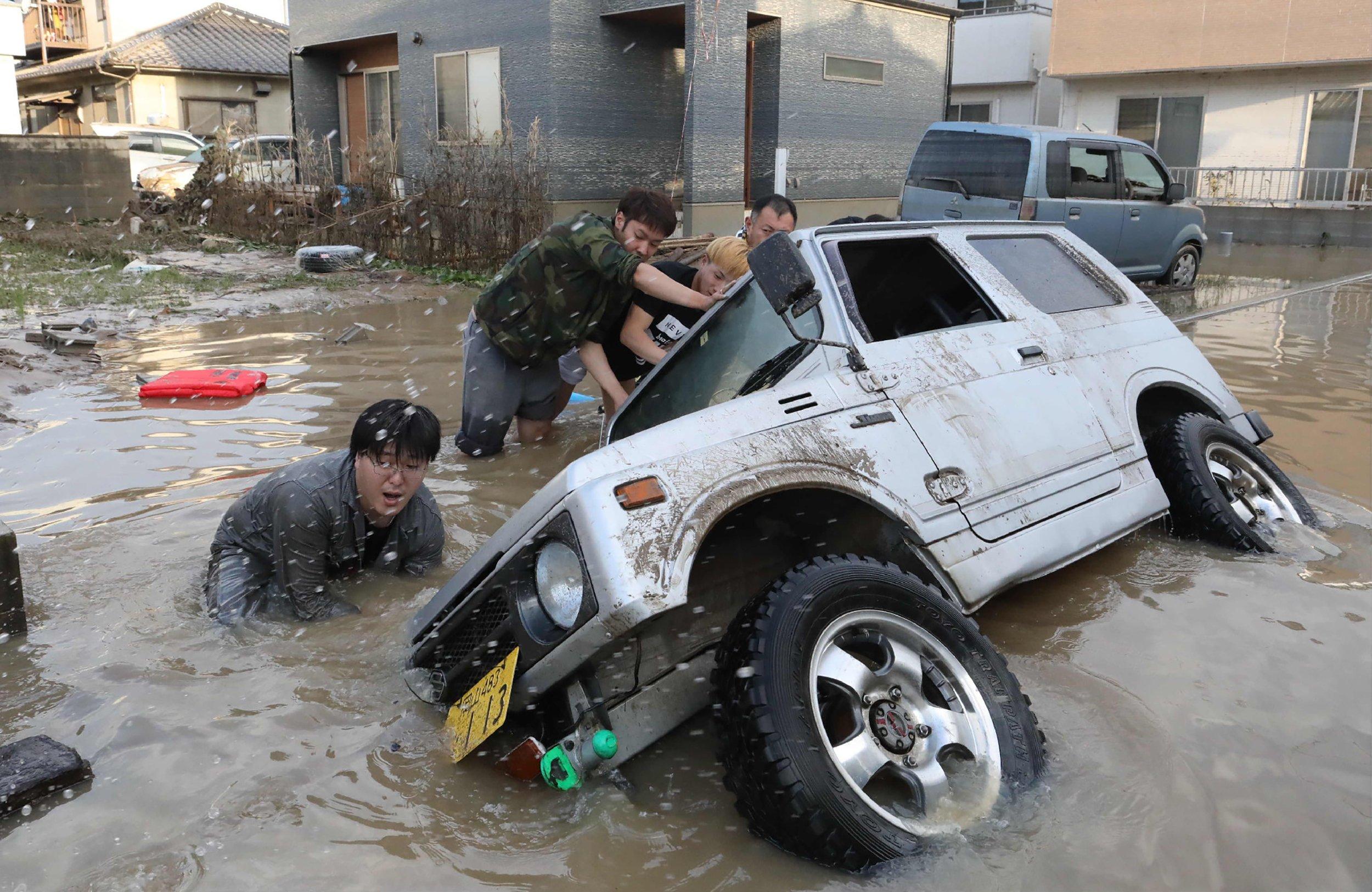 Japan: Vast Floods Destroy Homes as Over 100 Reported Dead