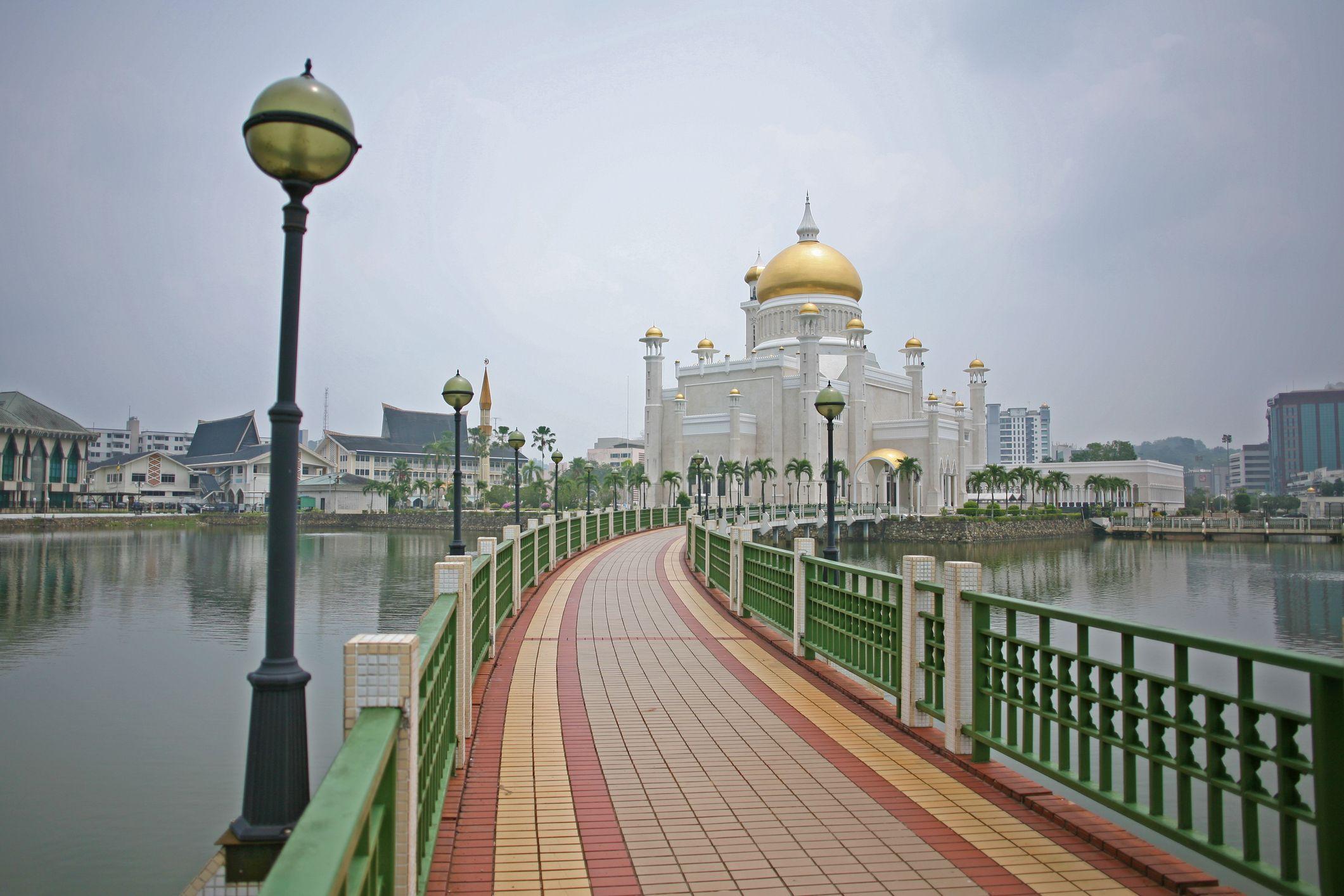 18 Brunei