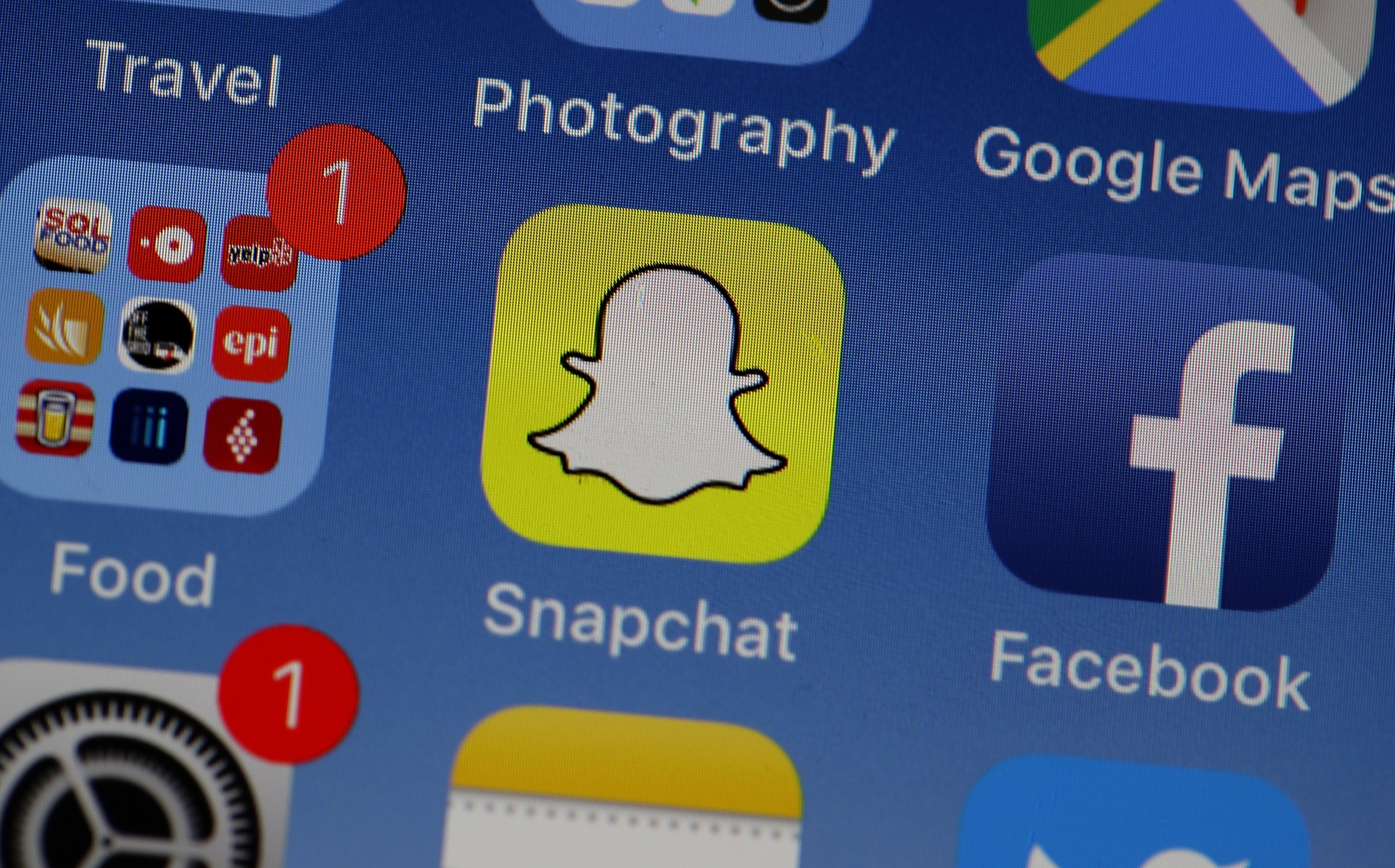 Snapchat Keeps Crashing, Stopping? App Down For Some Users