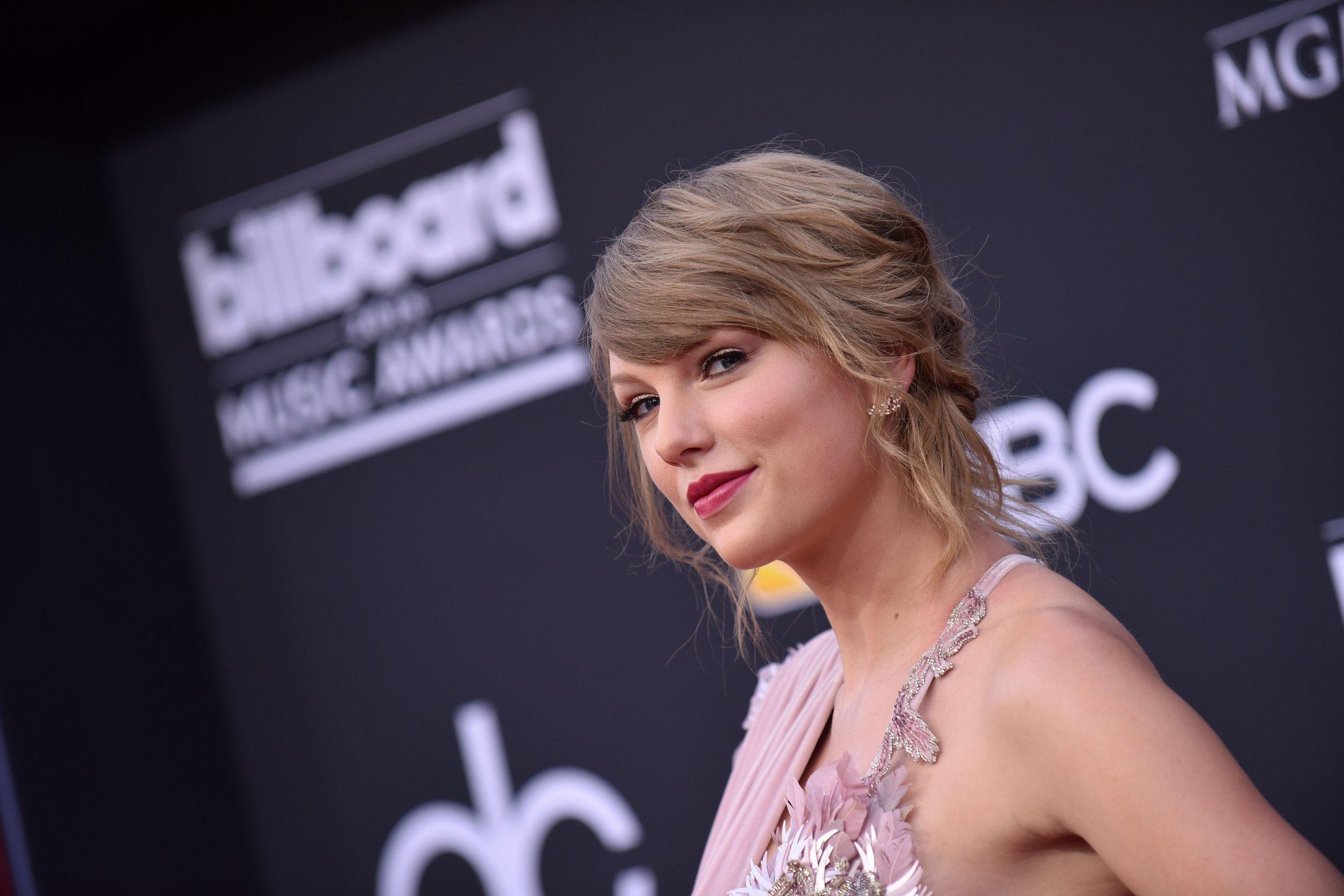 Taylor Swift's Groper David Mueller Still Shocked Singer ...
