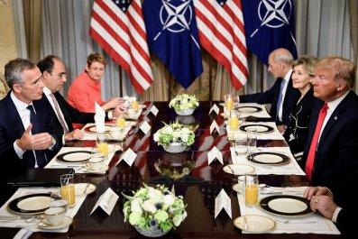 07_12_NATO_Trump