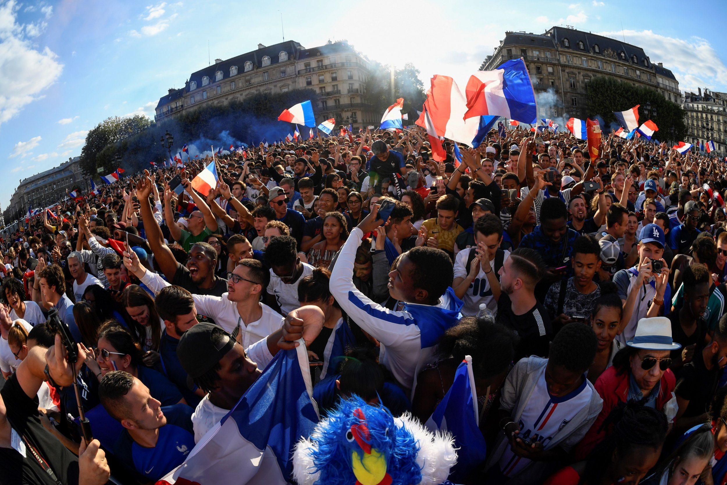 02_12_paris_fanzone