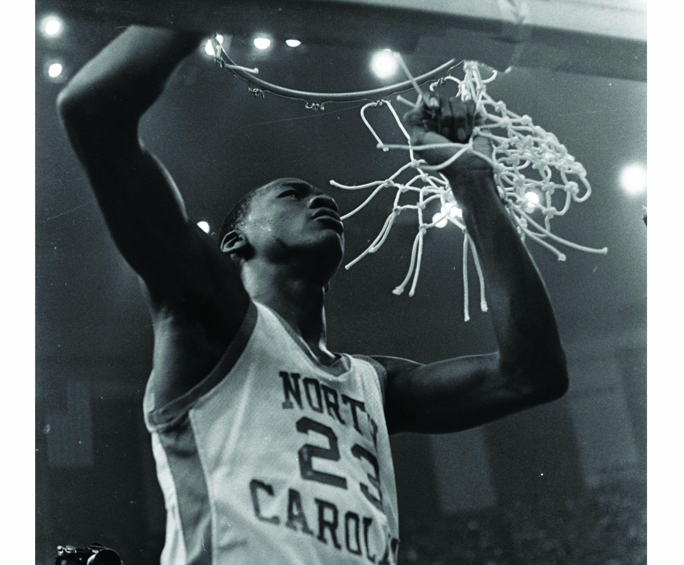 99169908a303 Michael Jordan s First Game-Winning Shot Clinched NCAA Championship
