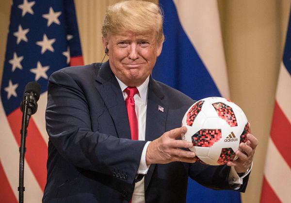 Samuel L. Jackson Calls For Trump's Resignation After Putin Meeting