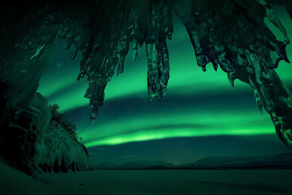 07 Ice-Castle-©-Arild-Heitmann