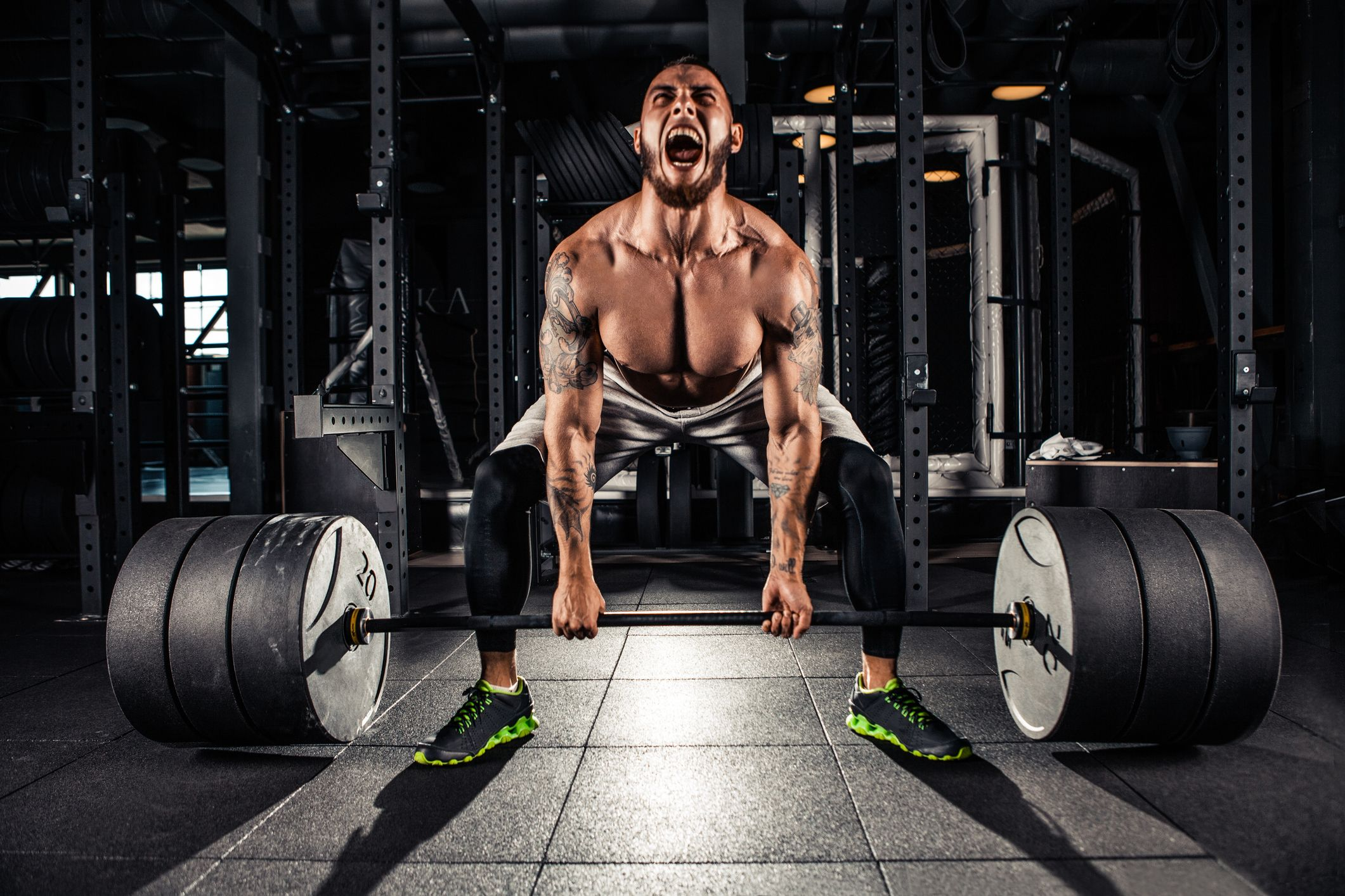 weight-lift-body-building-stock