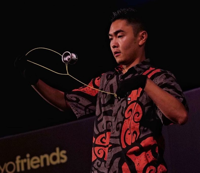 Yo-yo champion Evan Nagao performs a trick