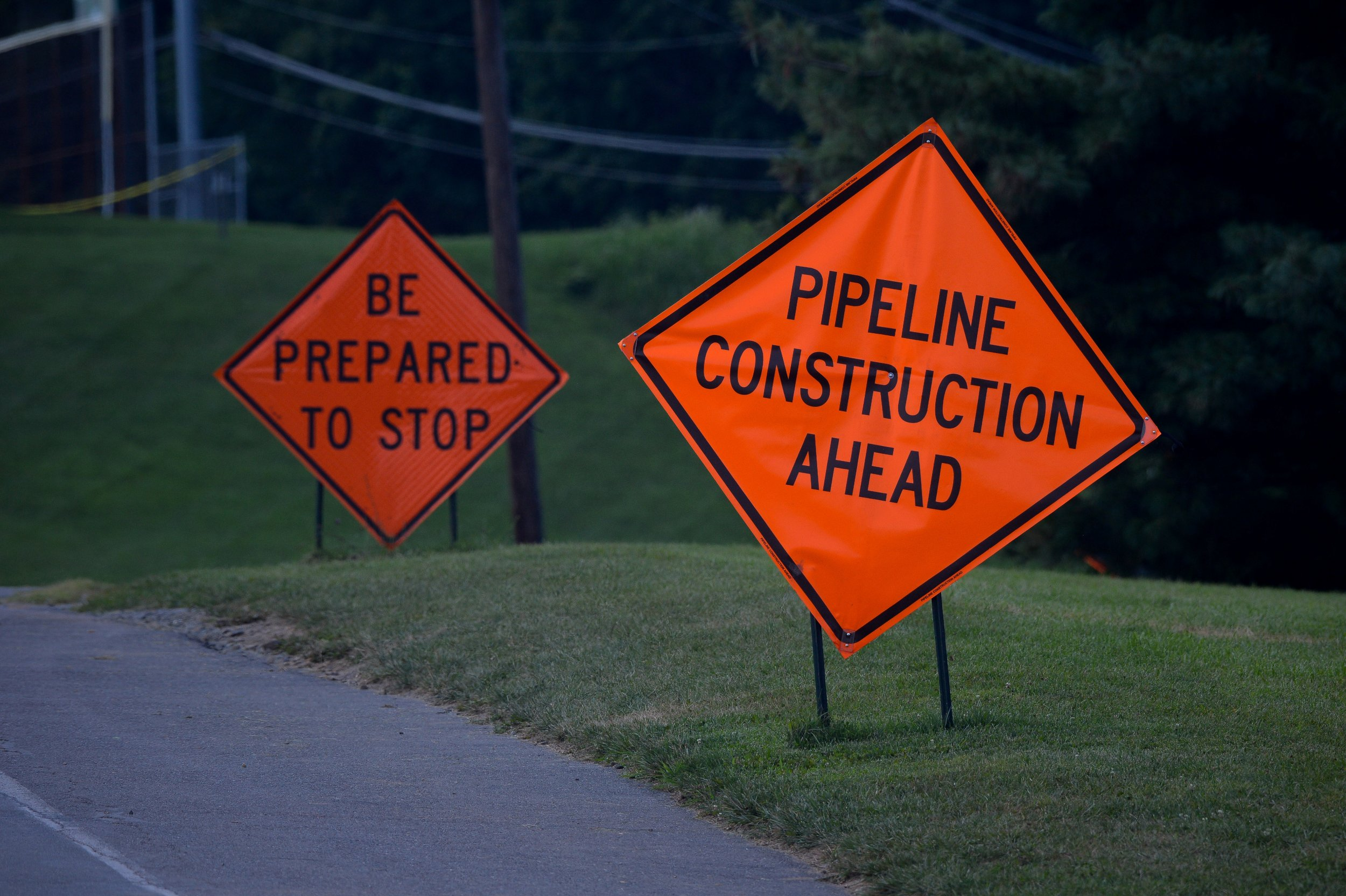Gas Pipeline Signs