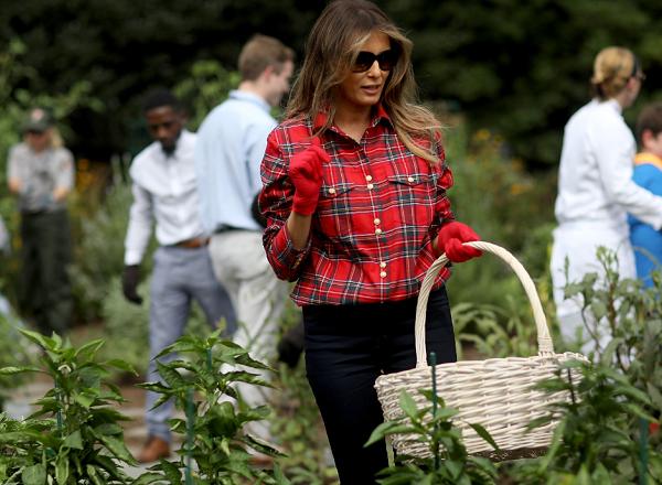 Melania Trump's Gardening Photo Becomes Twitter Meme