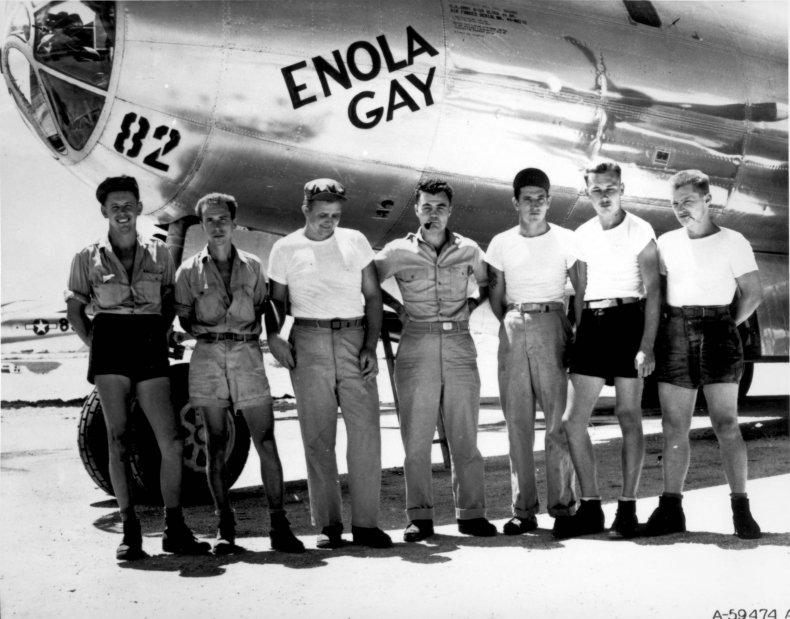 8_3_Enola Gay and Crew