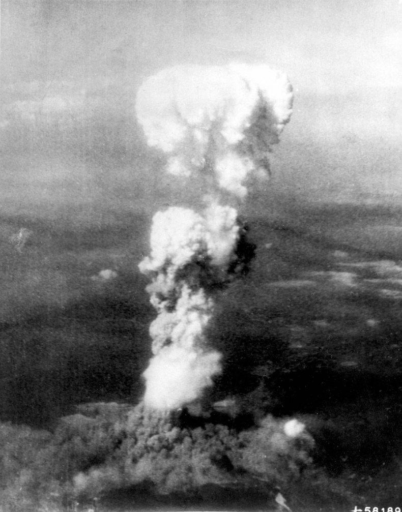 8_3_Hiroshima Cloud
