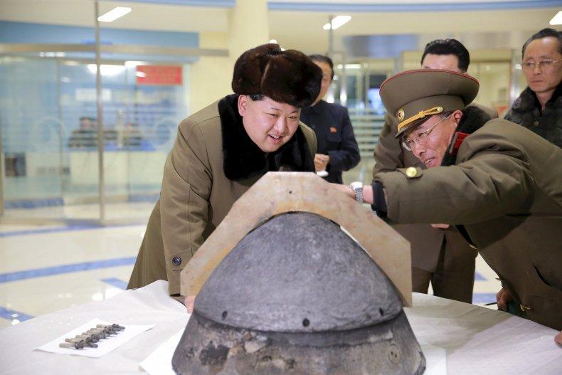 8_3_Kim Jong Un rocket