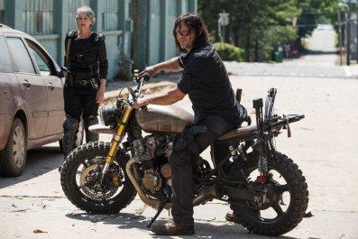 The Walking Dead Carol Daryl 8x1