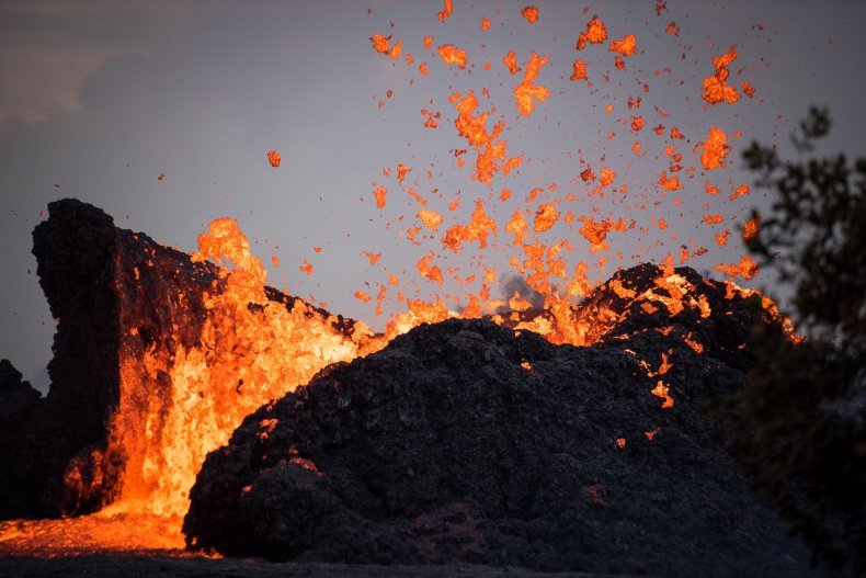 Kilauea lava eruption may be slowing down fissure 8