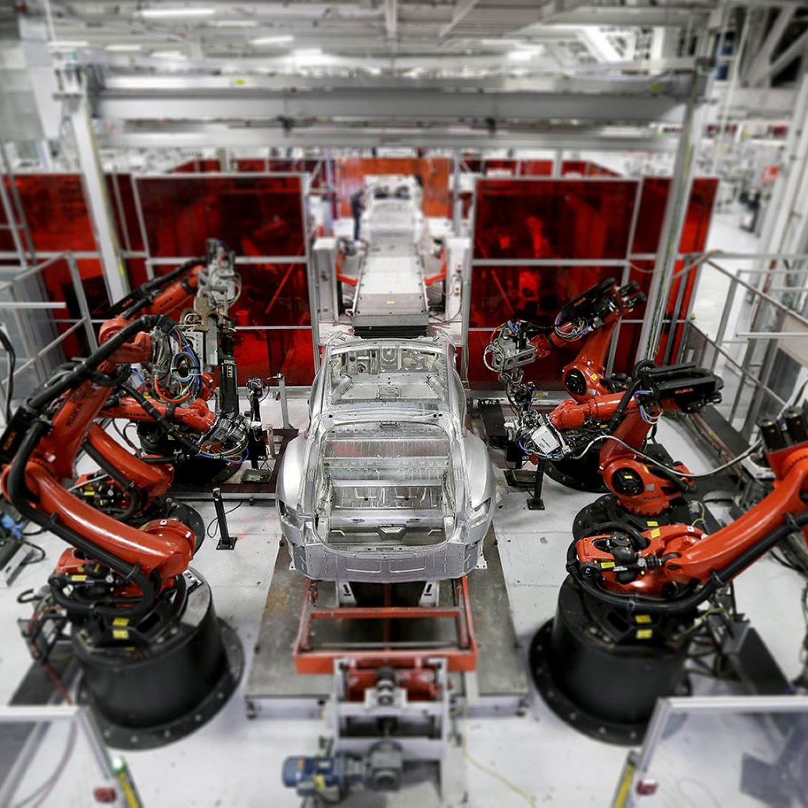 What If Elon Musk Succeeds? Tesla, SpaceX Founder Wants to Transform Technology—and Put Humans out of Work