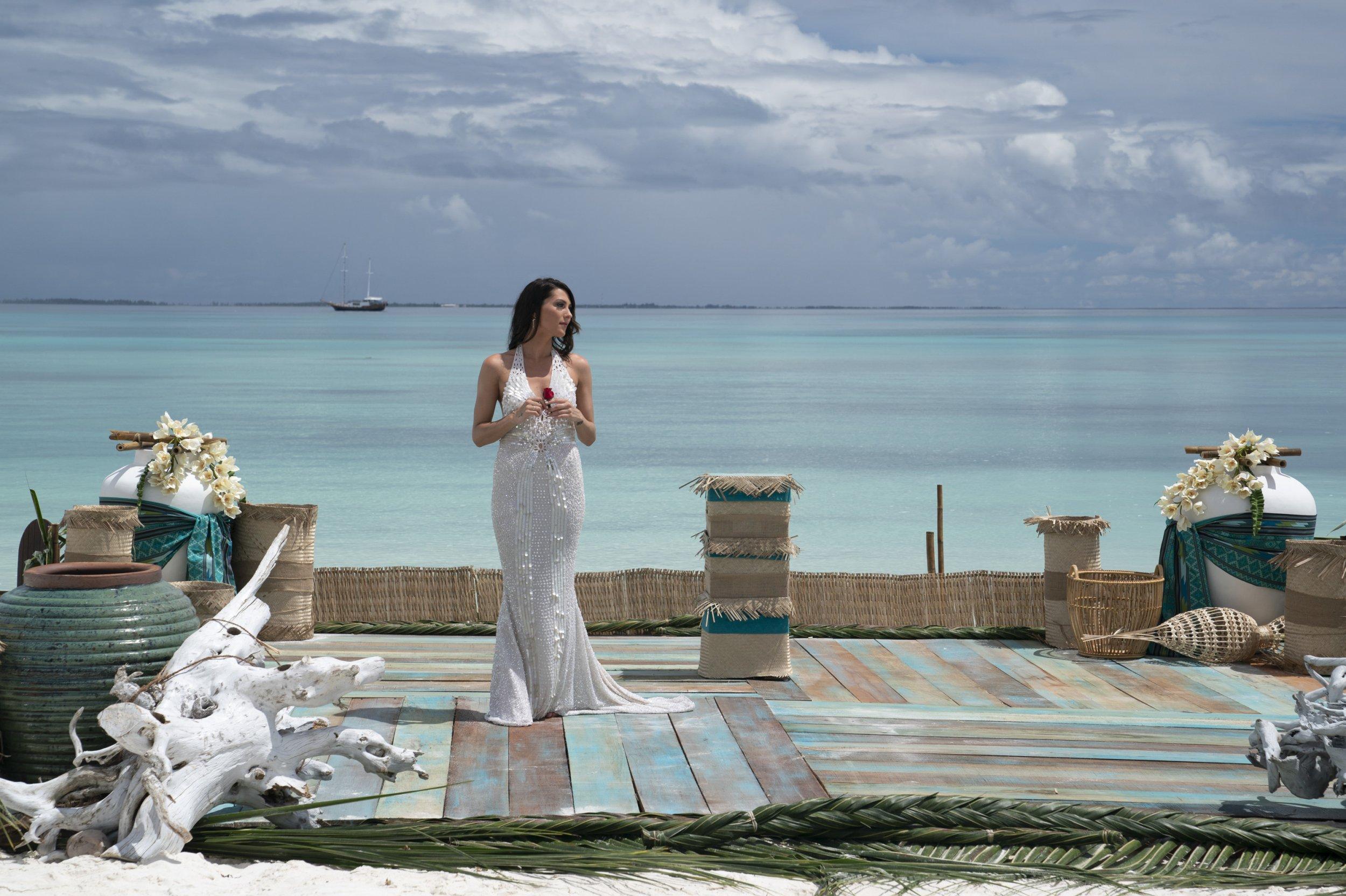 Becca Kufrin Chooses Fiancé on 'The Bachelorette'