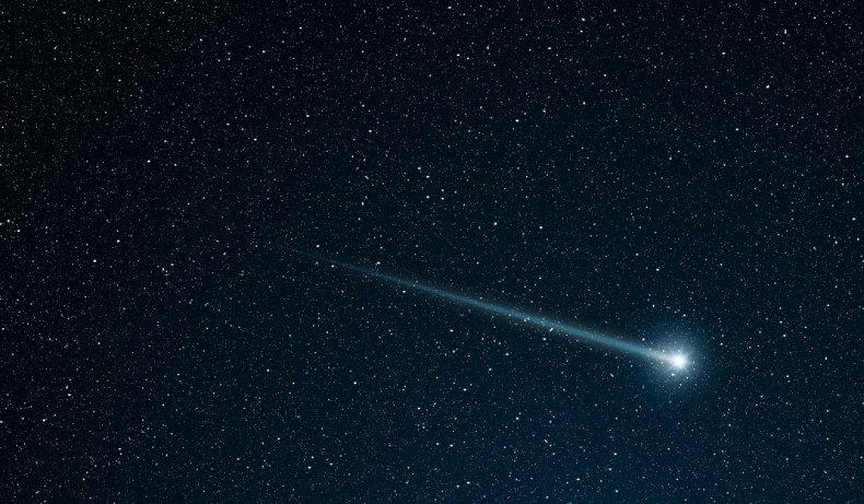 8_7_Comet
