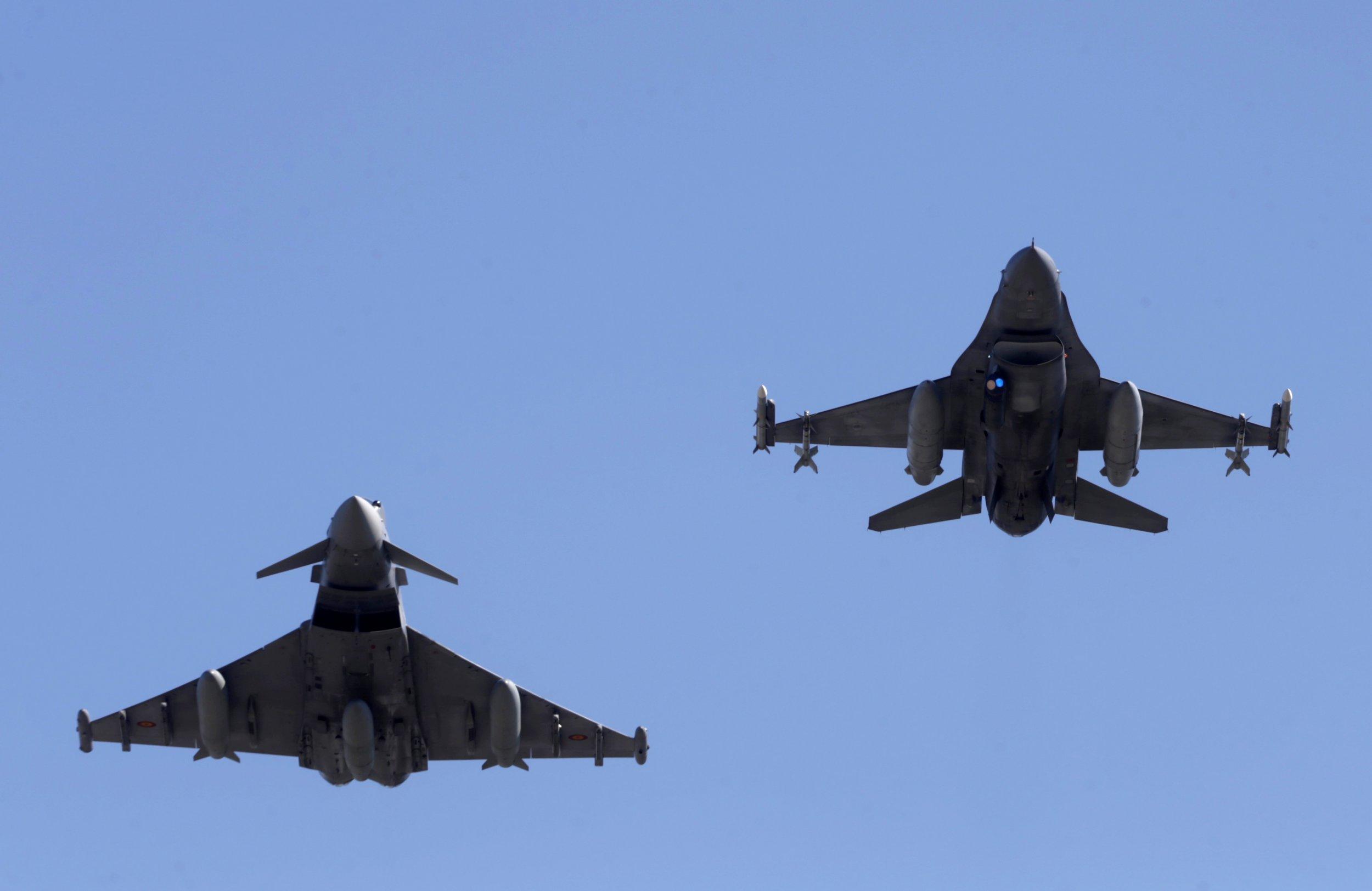 08_08_Spanish_jet