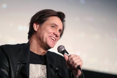 Jim Carrey Gets Puppet Handjob in 'Kidding' Trailer
