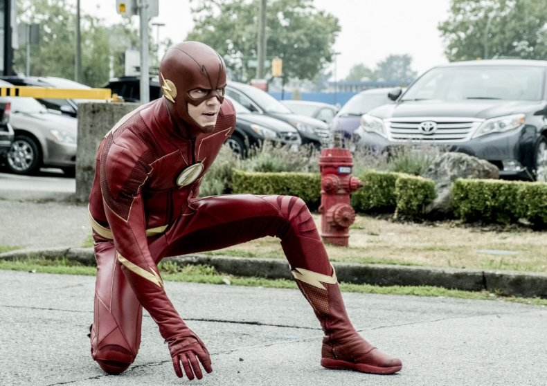 the flash season 4 suit vs season 5 suit