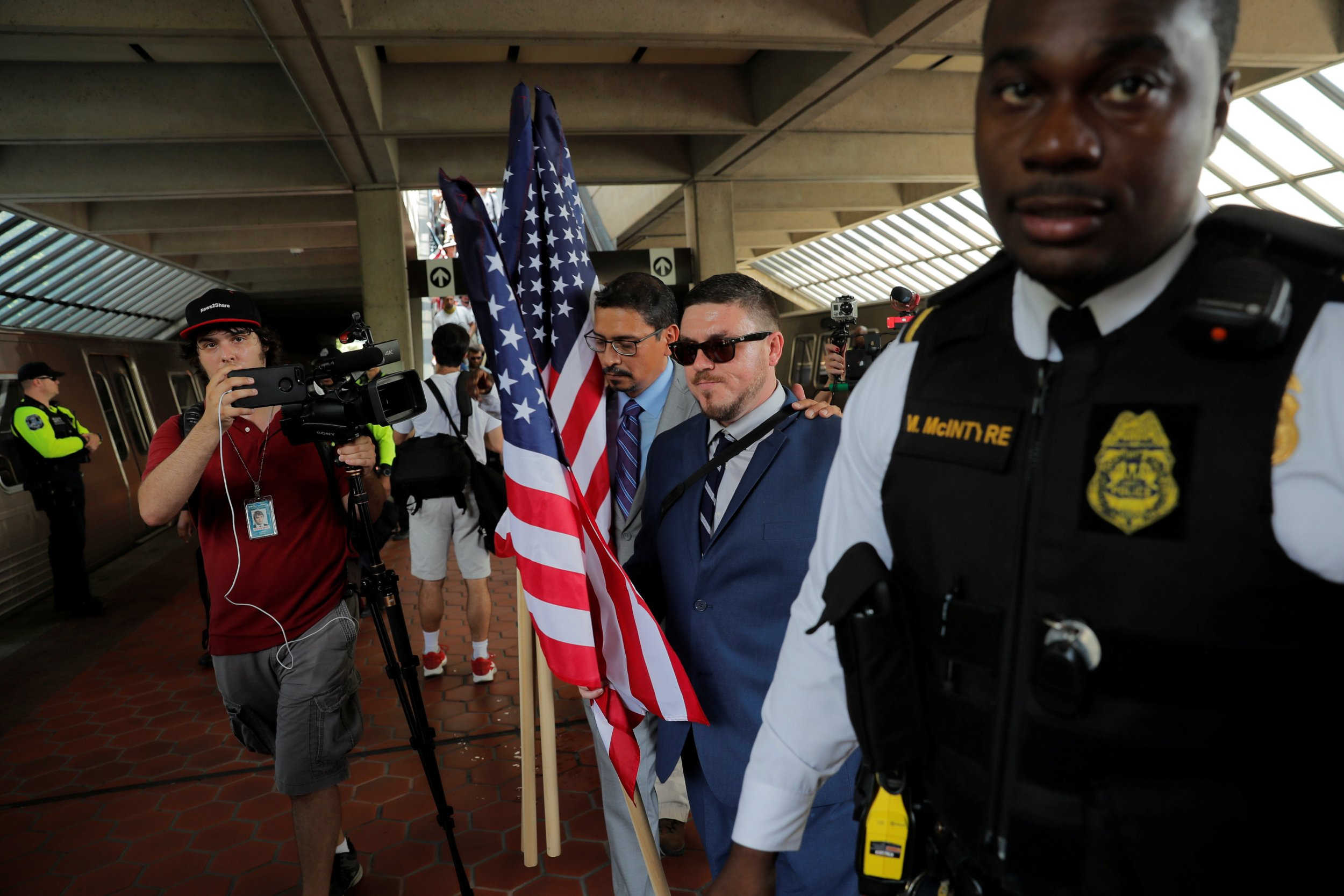 2018-08-12T185202Z_1_LYNXMPEE7B0K7_RTROPTP_4_USA-PROTESTS