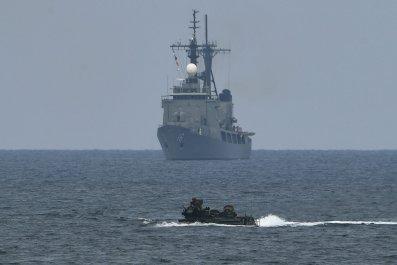 08_13_us_navy