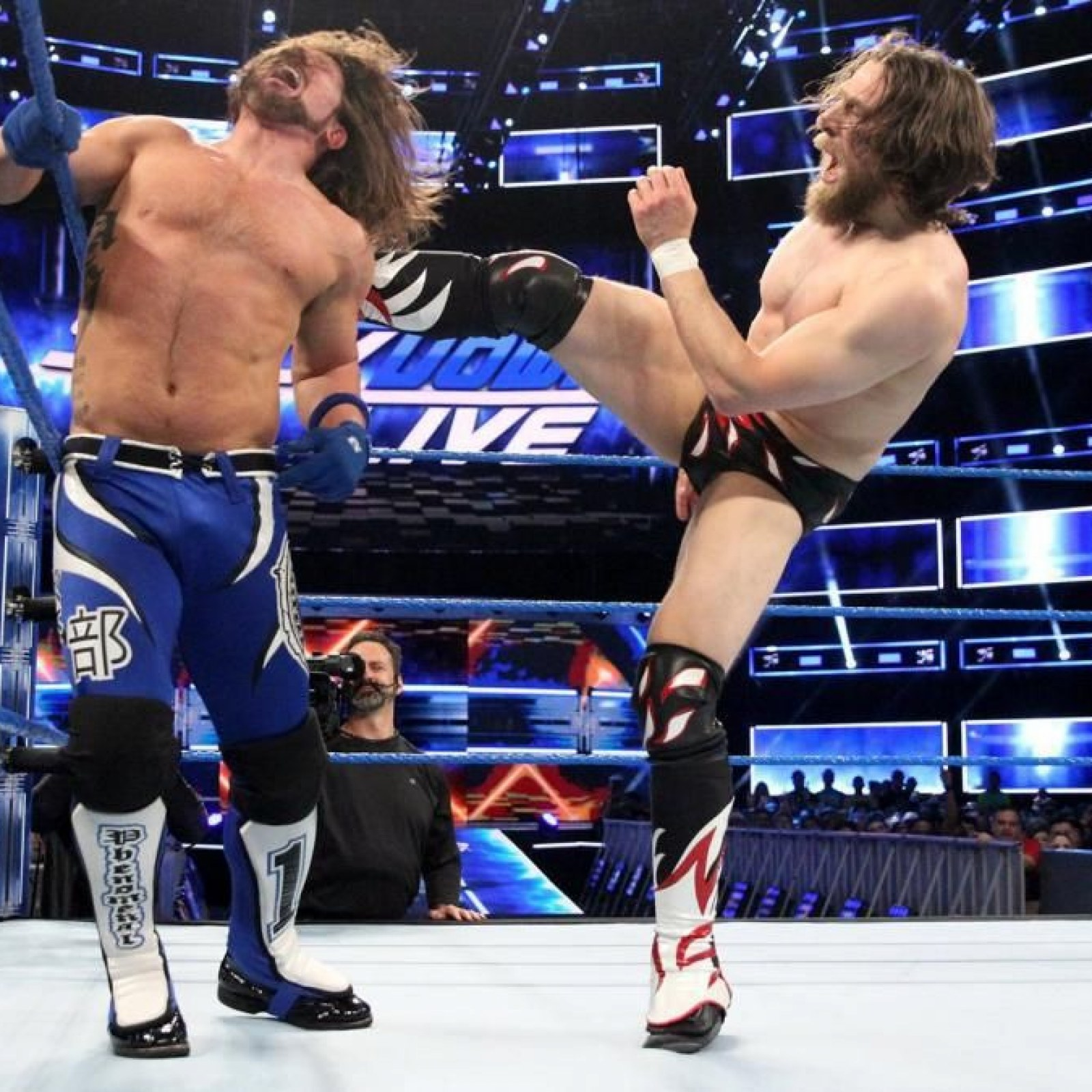 WWE SmackDown 1000 to Air in October