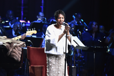 Aretha Franklin is 'Alert' At Home With Family, Nephew Says