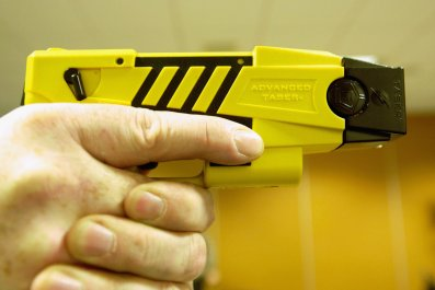 birmingham alabama police taser 11 year old boy, gun found during arrest