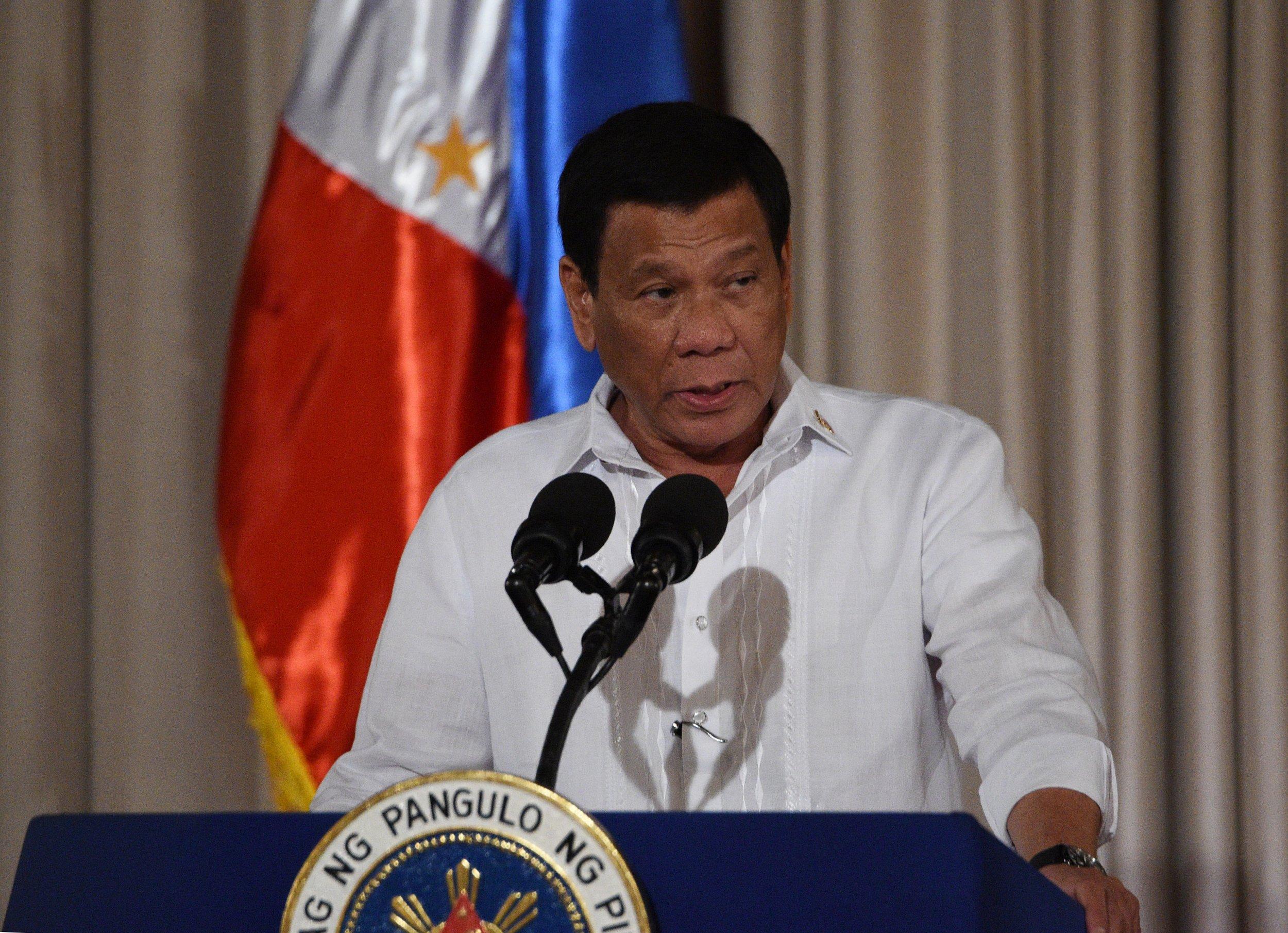 08_16_Duterte