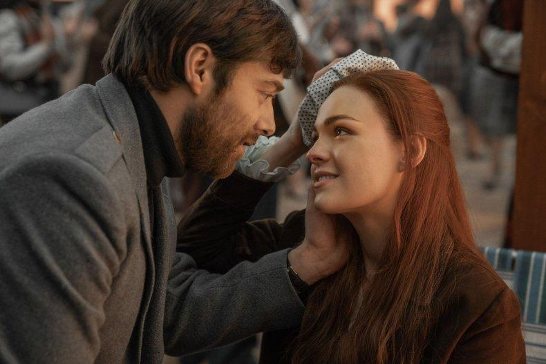 Richard Rankin (Roger Wakefield), Sophie Skelton (Brianna Randall) - Outlander S4