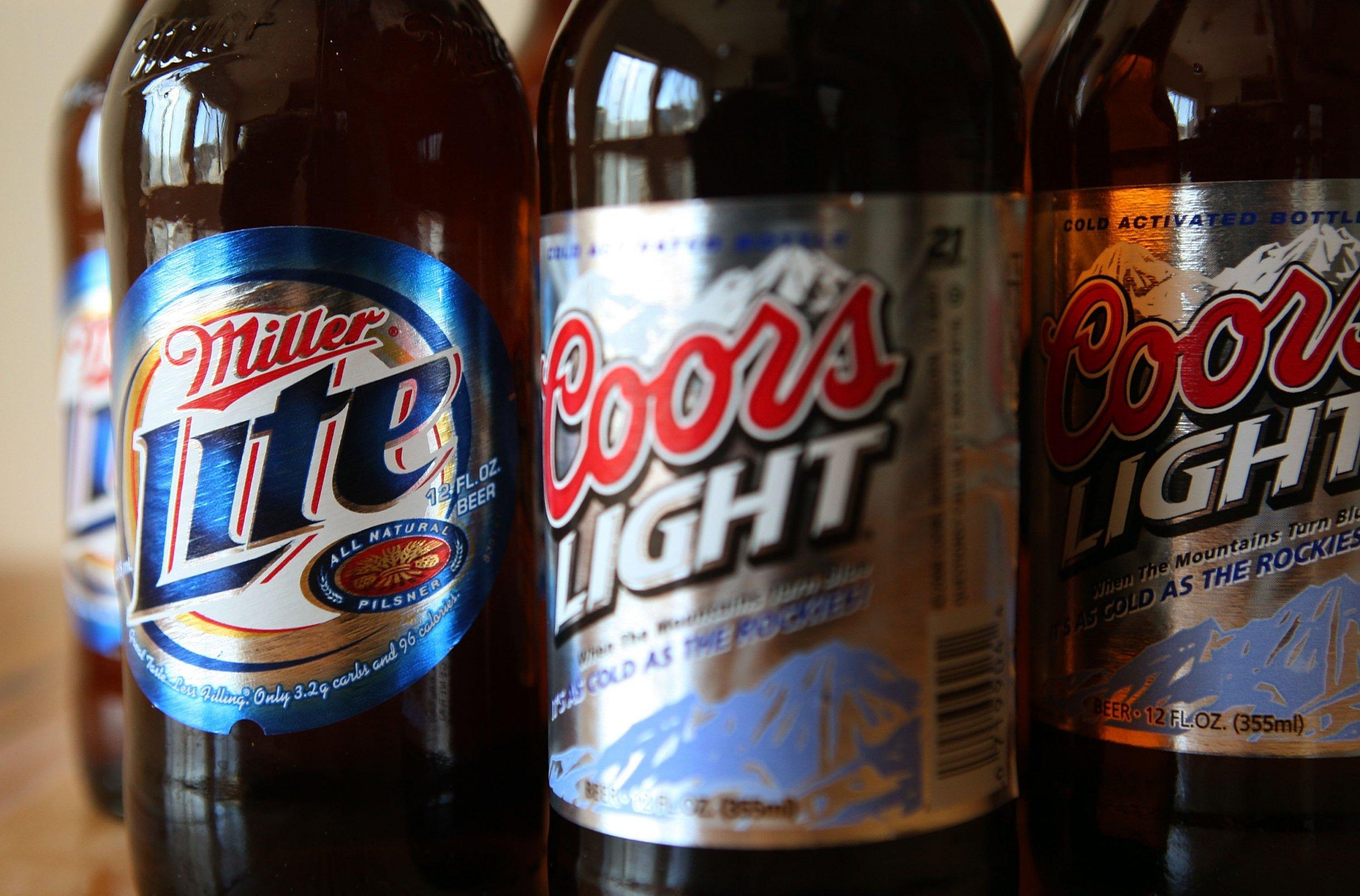 Beer Delivery Men Talk Suicidal Man Off Highway Overpass