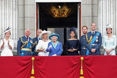 Thomas Markle Compares the Royal Family to Scientology Cult