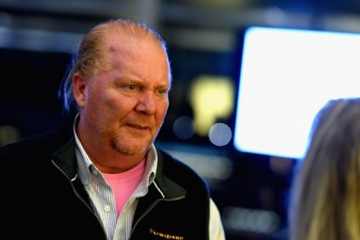 Mario Batali Under Investigation For Sexual Harassment at New York Restaurant Spotted Pig