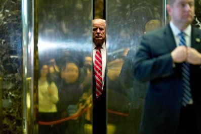Ex-Doorman Who Claims Knowledge of Trump Affair Released From Contract