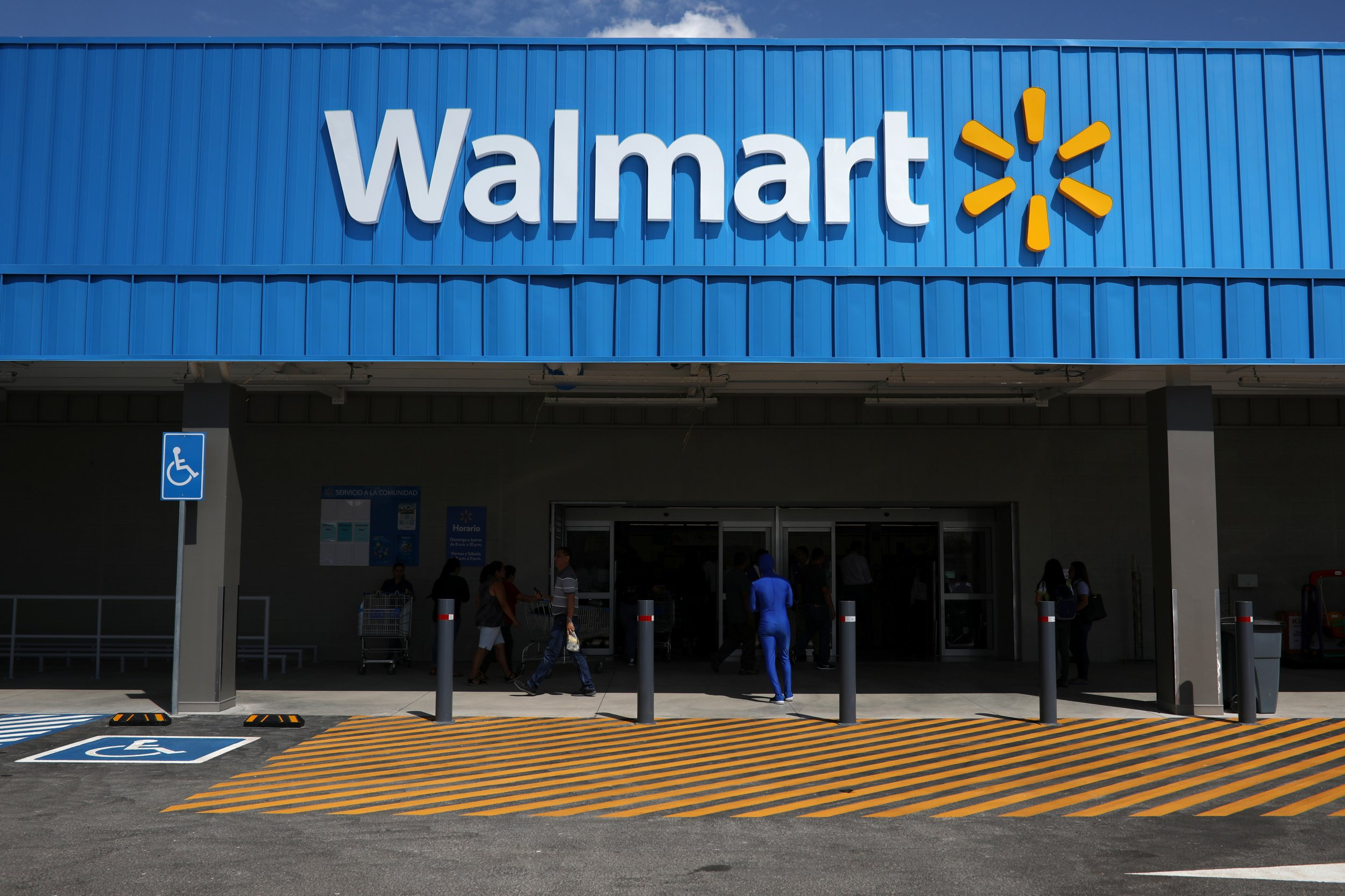 Walmart Raises Price of Plus-Sized Clothing, Citing Production Costs | Newsweek