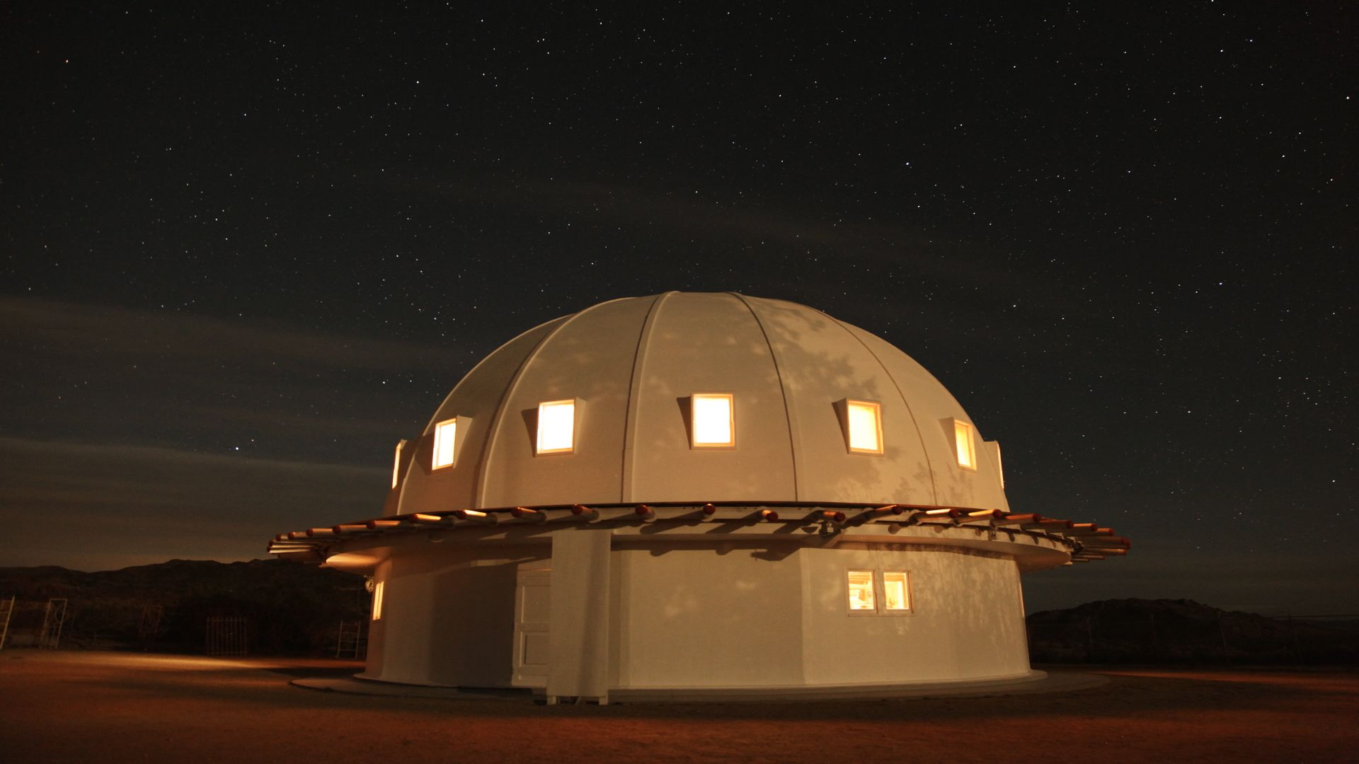 CallingAllEarthlings_013-integratron