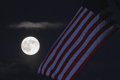 Neil Armstrong Biopic Won't See Astronaut Planting American Flag on the Moon