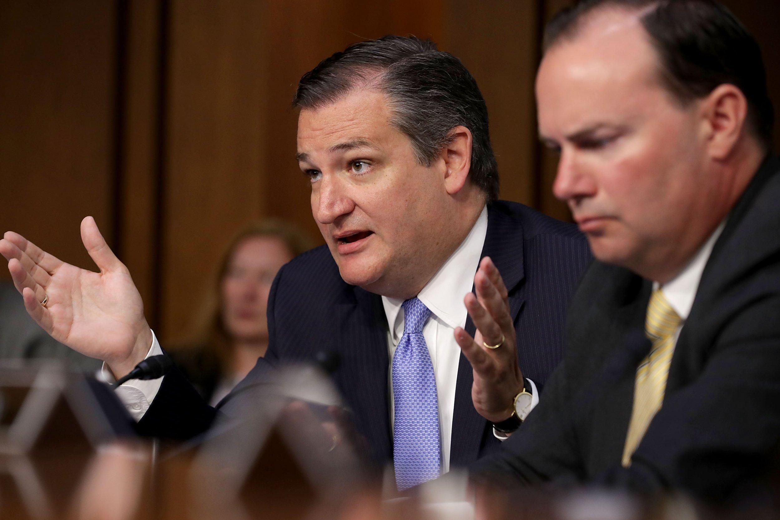Ted Cruz Ad Falsely Says Beto O'Rourke Supports Flag Burning