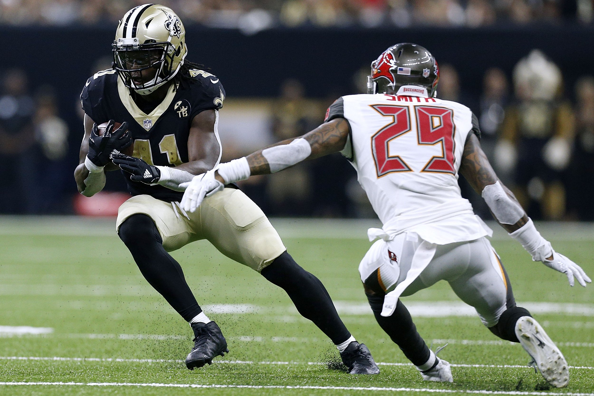 Fantasy Football: Alvin Kamara, Jimmy Garoppolo and Other Players to Start in Week 2