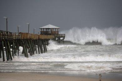 Hurricane Florence Waves