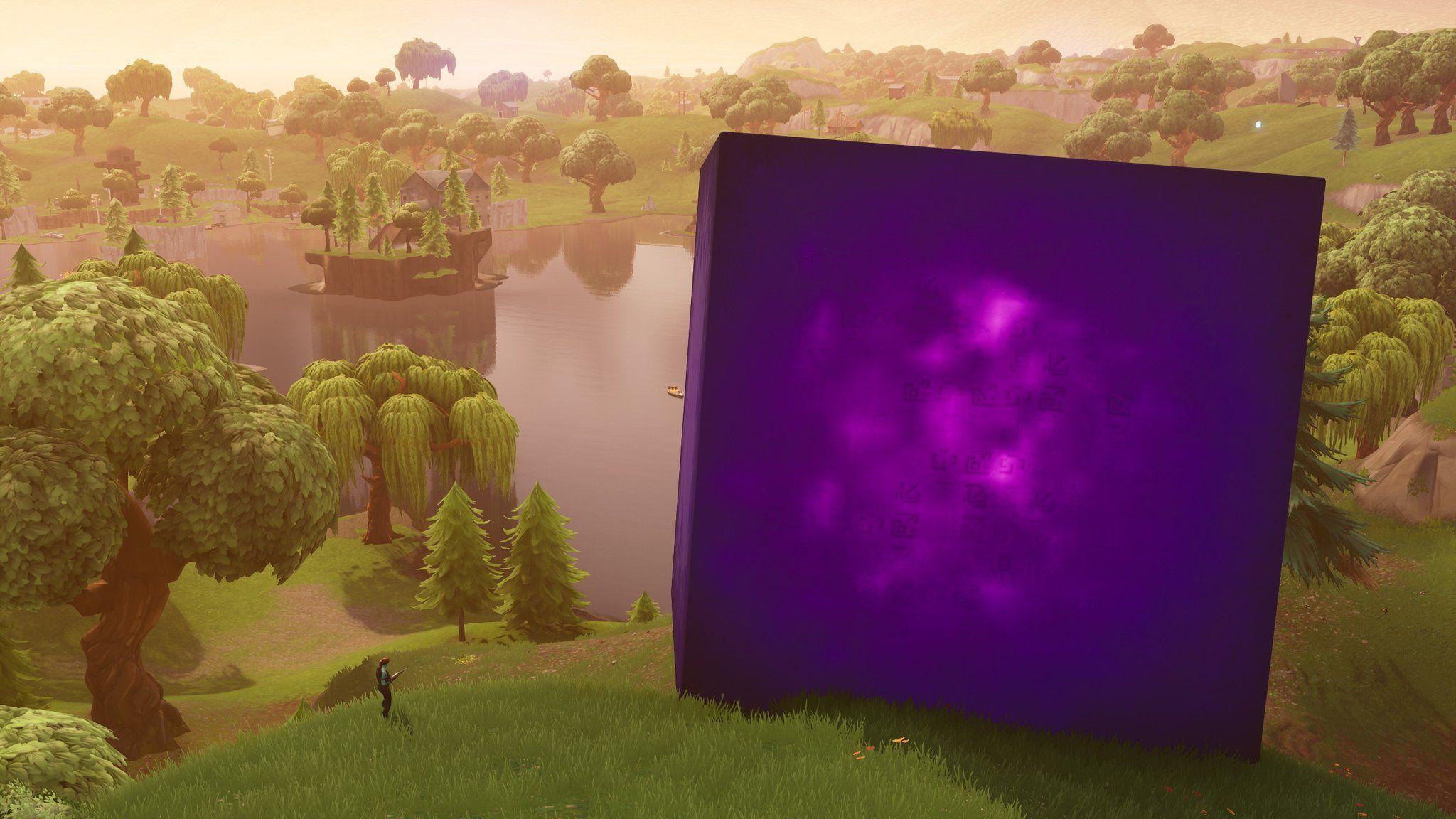 Fortnite Cube Live Event Makes Loot Lake Bouncy Adds Purple Smoke