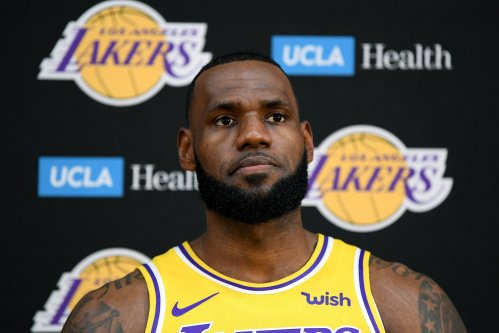 How Many Games Will the Los Angeles Lakers Win? LeBron James