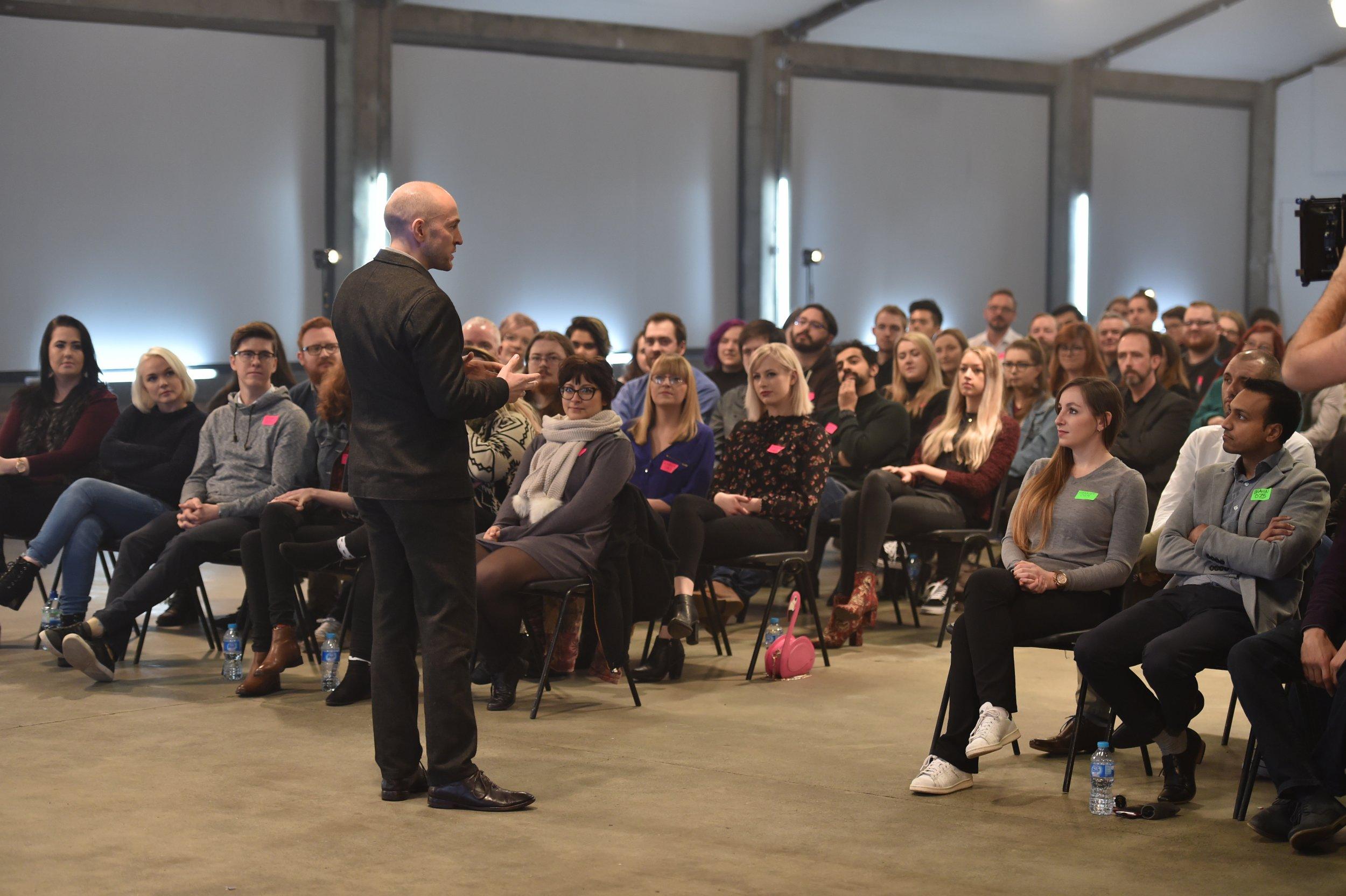 Derren addresses Auditionees