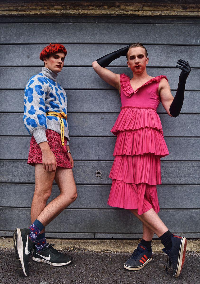 1a @freyaaaart - teenage fashion